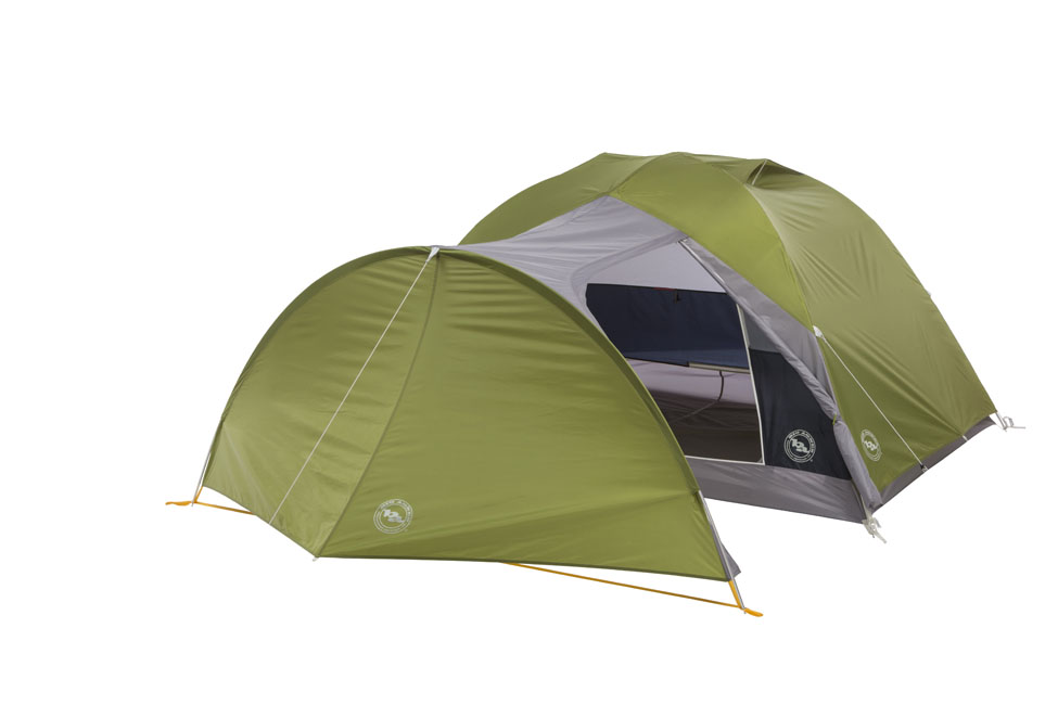 Big Agnes Blacktail Hotel 3 - 3 person tent with large vestibule for gear storage